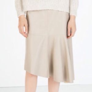 NWT Zara taupe faux leather skirt
